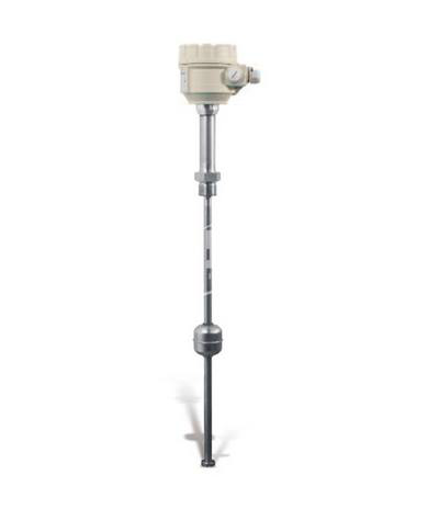 NIVOTRACK Level transmitter. For clean, aggressive liquids and hydrocarbons. High accuracy